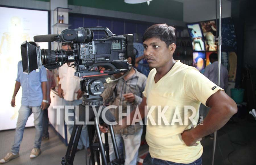 On the set: Sony TV's CID