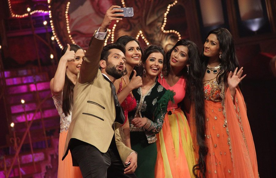 Cast of Saath Nibhana..Saathiya