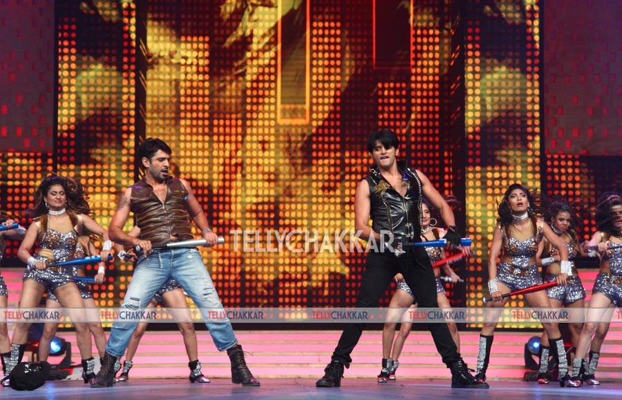 Asha Negi,Rithvik Dhanjani,Aamir Ali and Sanjeeda Sheikh