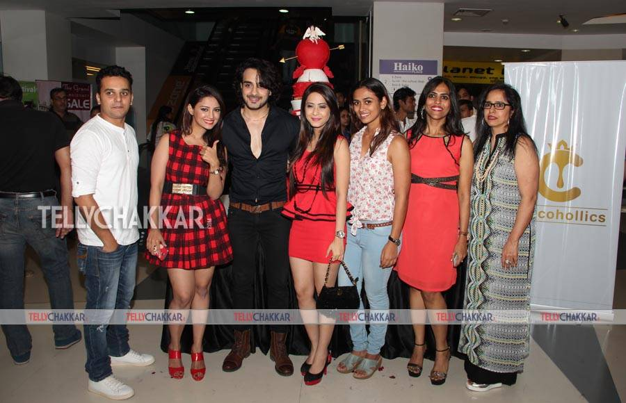 In pics: Celebs galore at Chocohollics store opening