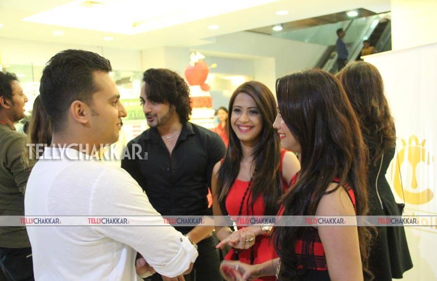Dimple Jhangiani , Angad Hasija and Adaa Khan