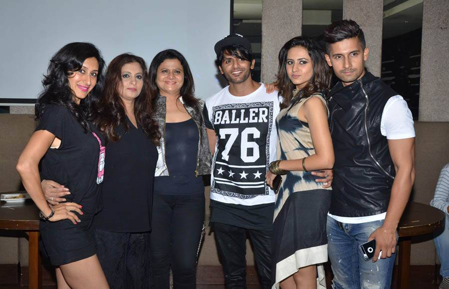 Asha Negi, Rithvik Dhanjani and Ravi Dubey