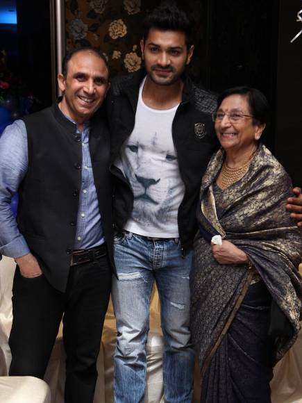 Actor Bikramjeet Singh's mother's 75th birthday party