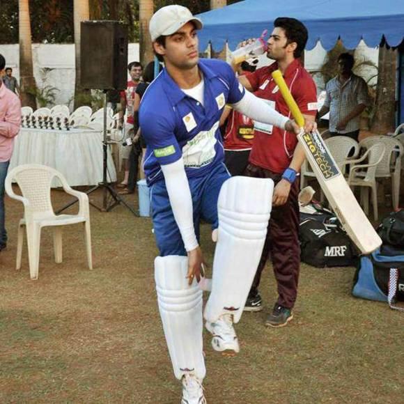 Divyanka Tripathi is a champ rifle shooter!