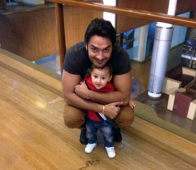 Avinesh Rekhi with his son