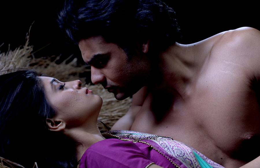 Must See: 'Hot consummation' pics of Lakhan-Poonam