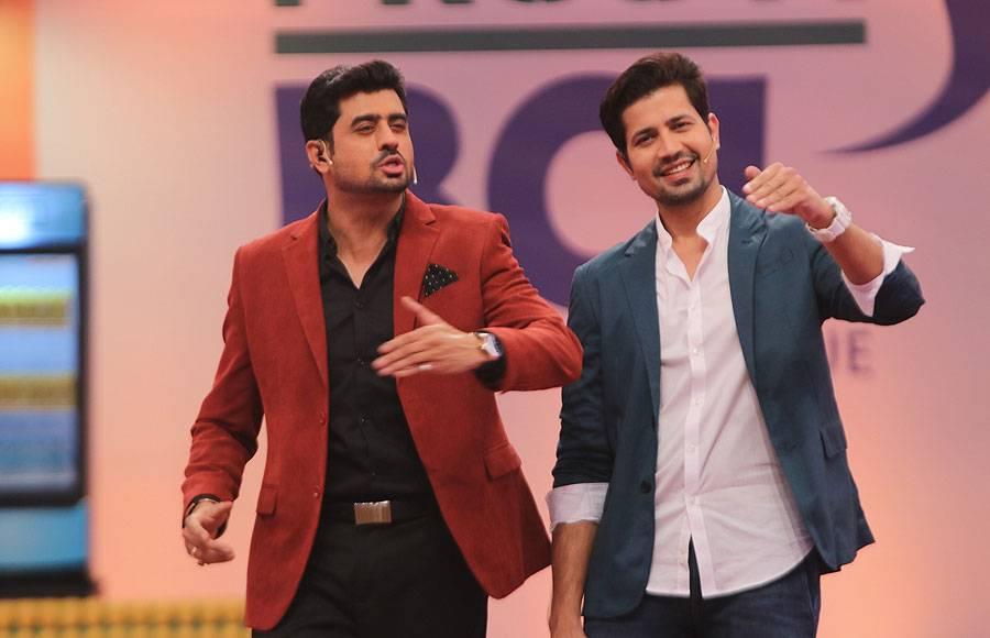 Host RJ Pritam and Sumeet