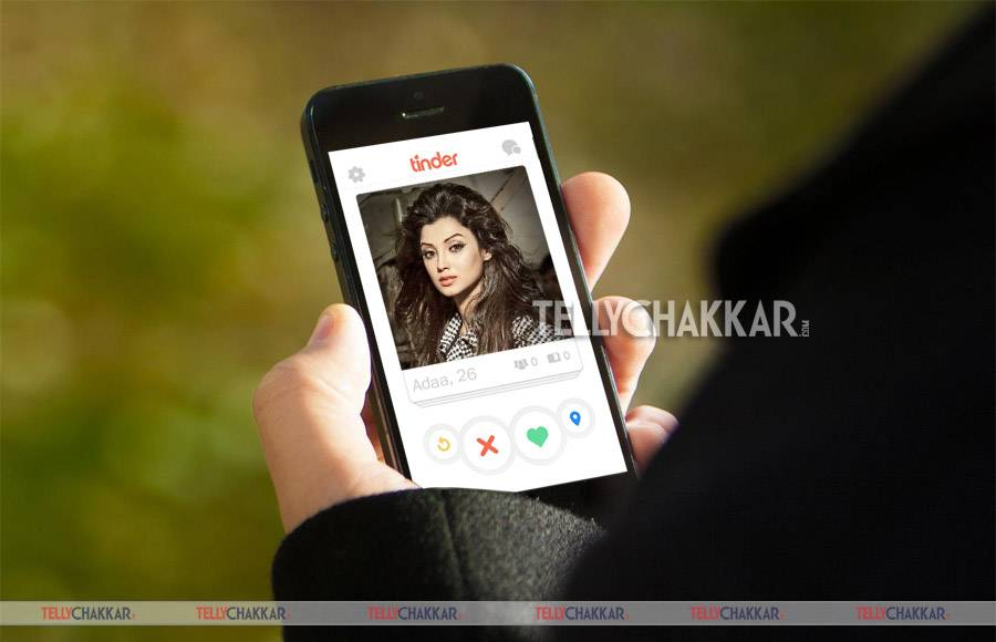 Mouni Roy: Slithering into the lives of all, the sizzling beauty is much wanted in Tinder!