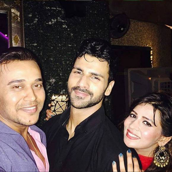 YHM team with Jeetendra and Shobha Kapoor