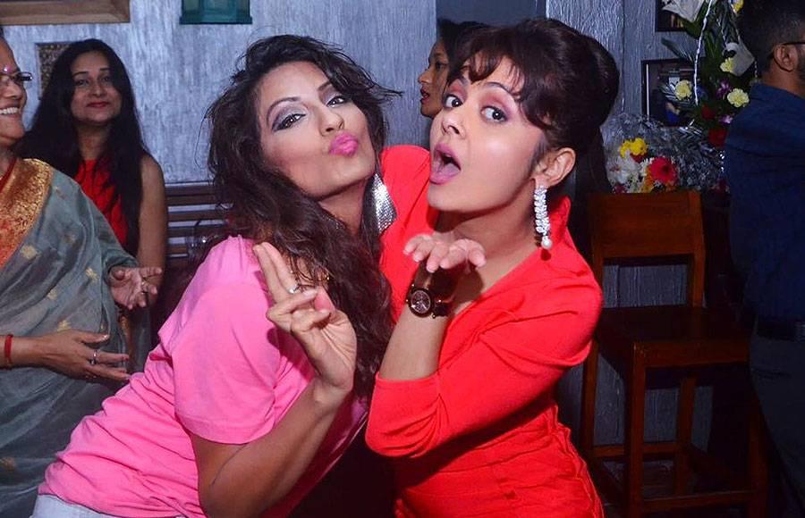 Devoleena's star studded birthday bash!