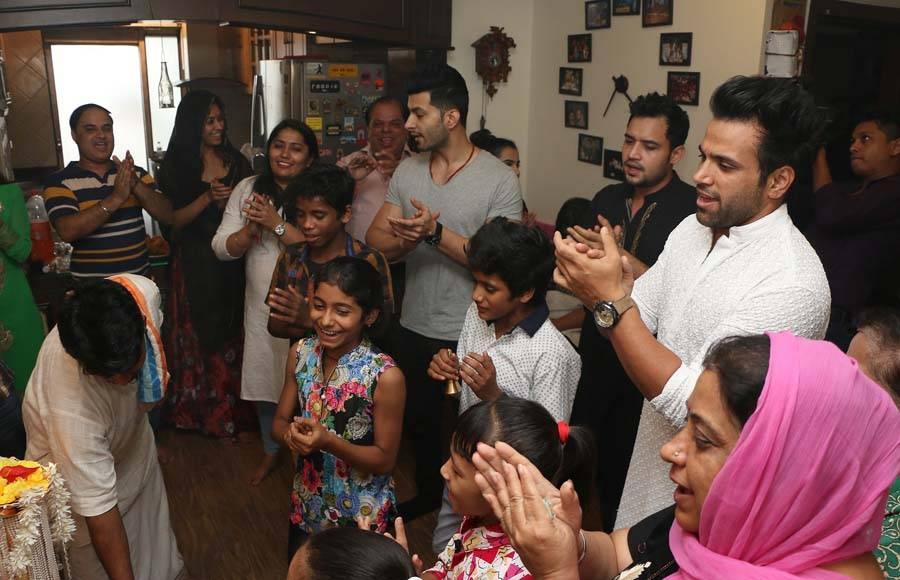 Rithvik's Ganpati Visarjan Celebrations with Super Dancer Kids
