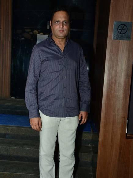 Sohanna Sinha, Madirakshi Mundle and Nikhil Sinha