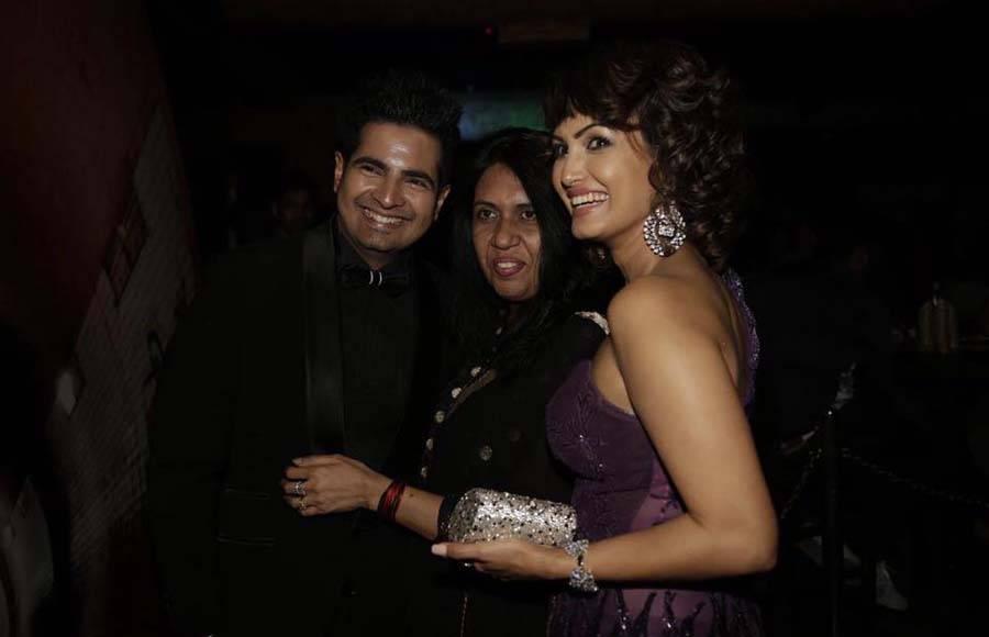 Karan Mehra-Nisha Rawal's Anniversary Party!
