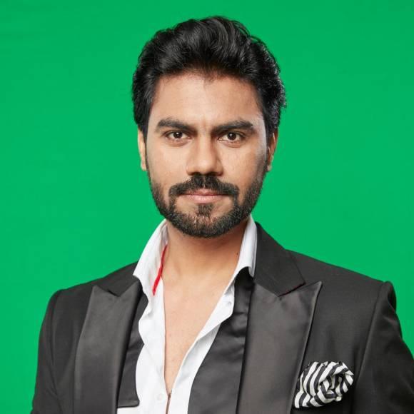 Karan Vohra (Mehek)
