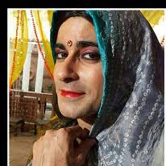 Sudeep Sahir (Woh Apna Sa)