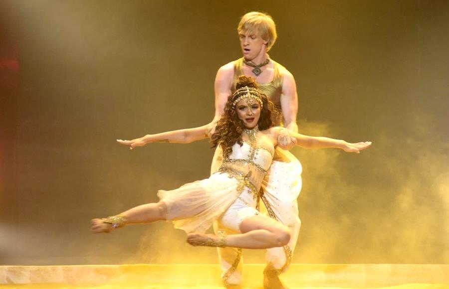 Aashka Goradia & Brent Goble