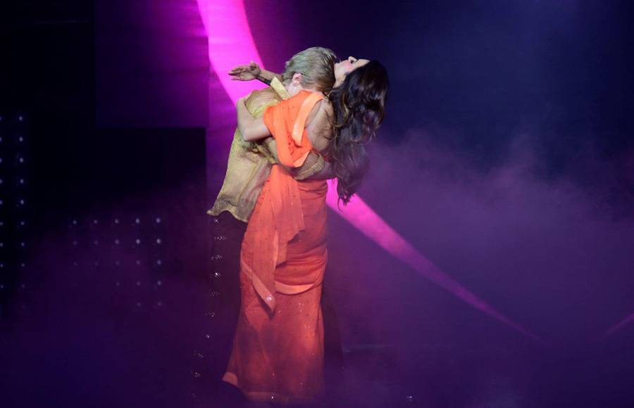 Aashka and Brent as Kajol and SRK on the sets of Nach Baliye