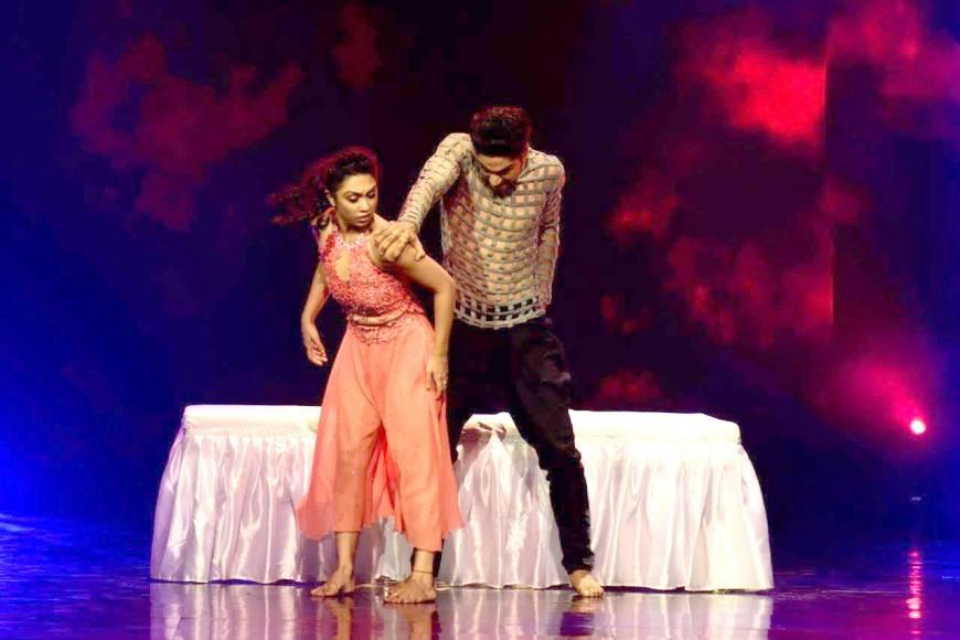 Sridevi & Diljit set the Nach Baliye 8 stage on fire!