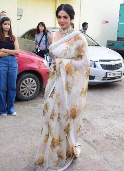 Neha Agerwal, Nawazuddin Siddhiqui , Tiger Shroff