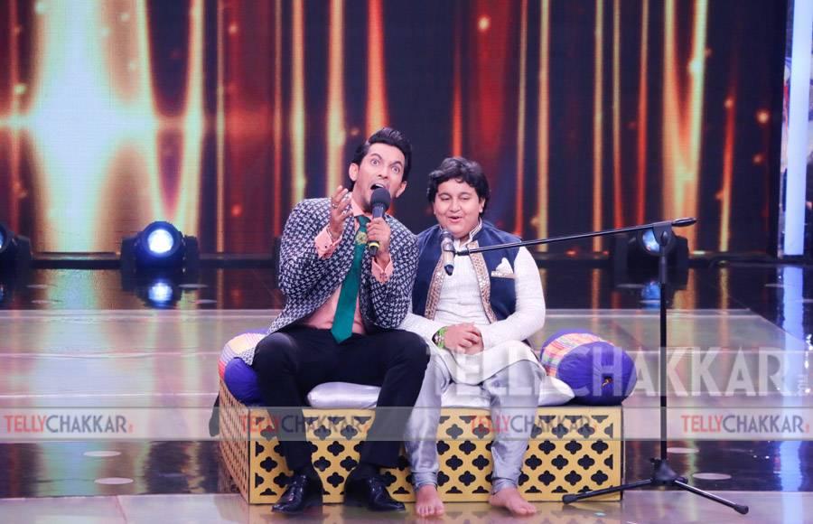 Meet Bros on the sets of Sa Re Ga Ma Pa Li'l champs