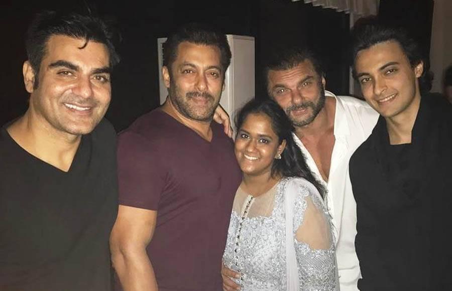 Arbaaz Khan, Salman Khan, Sohail Khan, Arpita Khan Sharma, Aayush Sharma