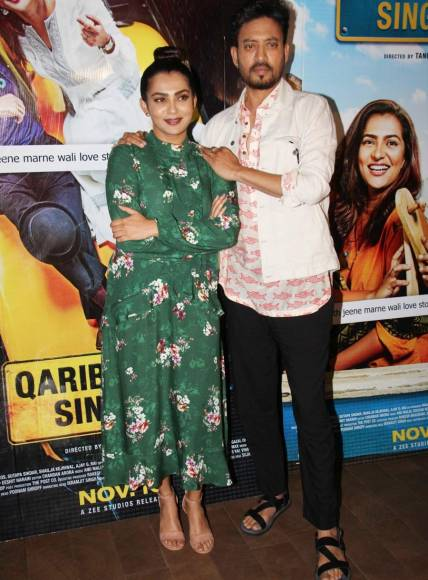 Tanuja Chandra, Parvathy Thiruvoth Kottuvata & Irrfan Khan at the screening of film