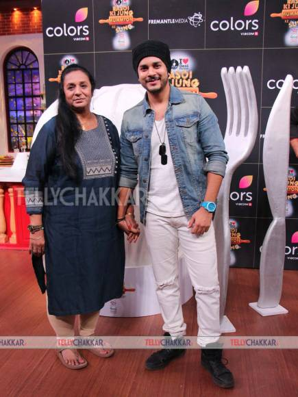 Launch of Colors'  Rasoi Ki Jung Mummyon Ke Sang