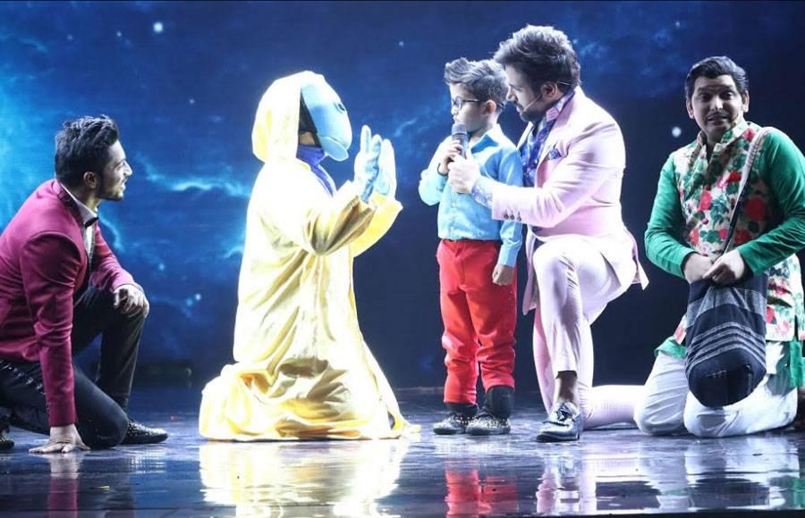 Evergreen Rekha graces Sony TV's Super Dancer