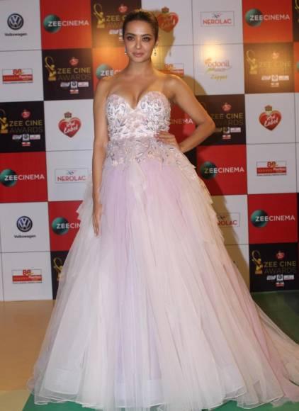 Celebs grace 'Zee Cine Awards 2018'