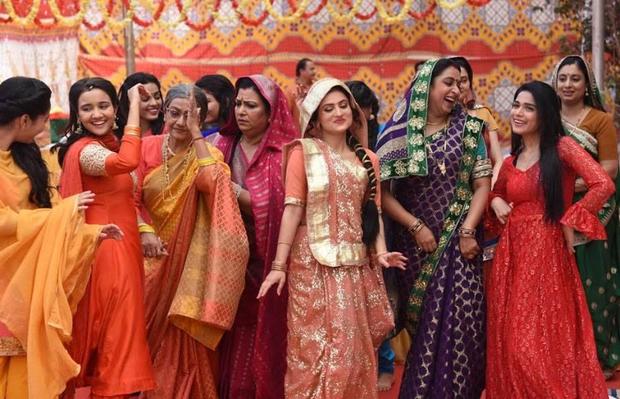 Mehendi celebration in Yeh Un Dinon Ki Baat Hai