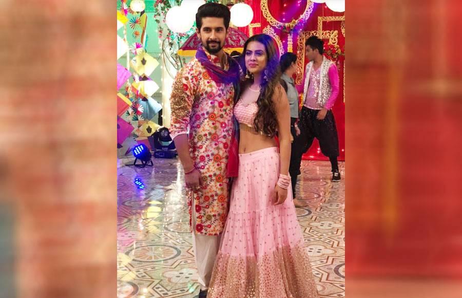 Ravi Dubey-Nia Sharma reunites for Zee TV's Aap Ke Aa Jaane Se