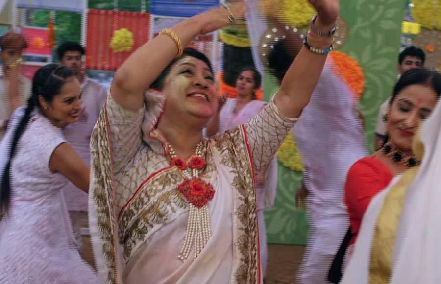Holi celebrations on the sets of Yeh Rishta