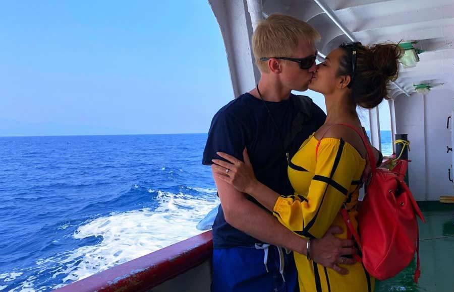 Brent-Aashka's breathtaking holiday pictures