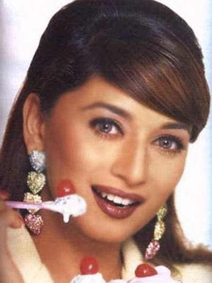 Birthday special: Rare pictures of Madhuri Dixit that made us go Dhak Dhak!!!