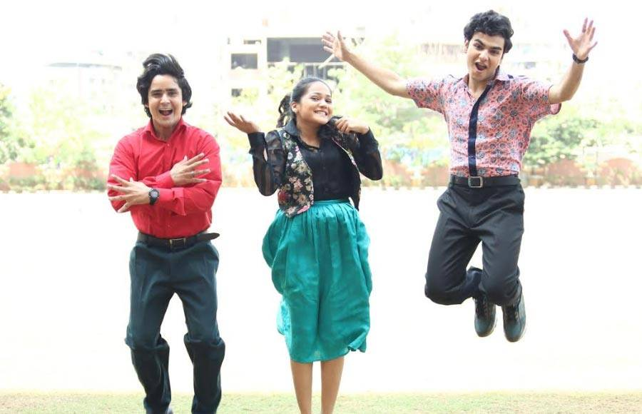 In pics: Sameer and Naina enjoy their first day in collage