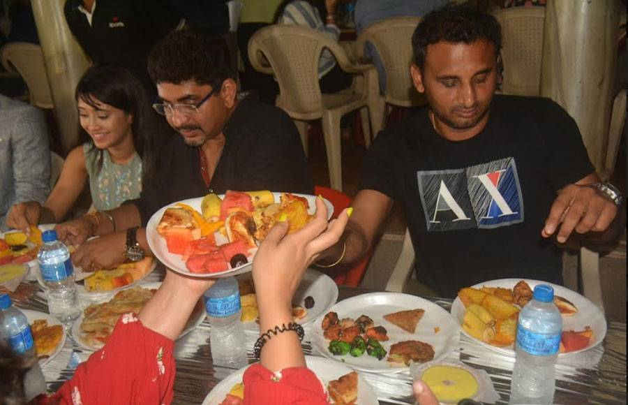 Iftaar celebration on the sets of Yeh Rishta
