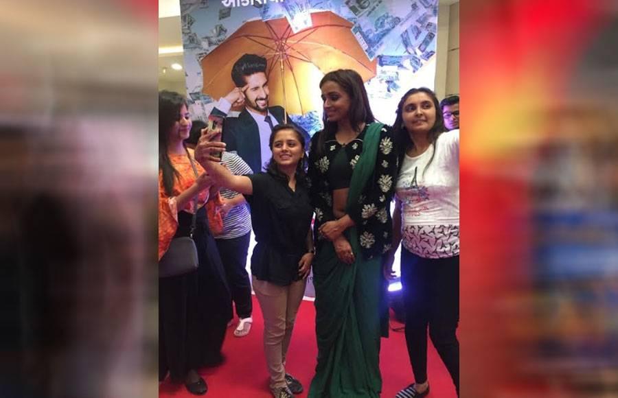 Star Plus' actresses Dipika Kakar and Parul Chauhan promote Sabse Smart Kaun