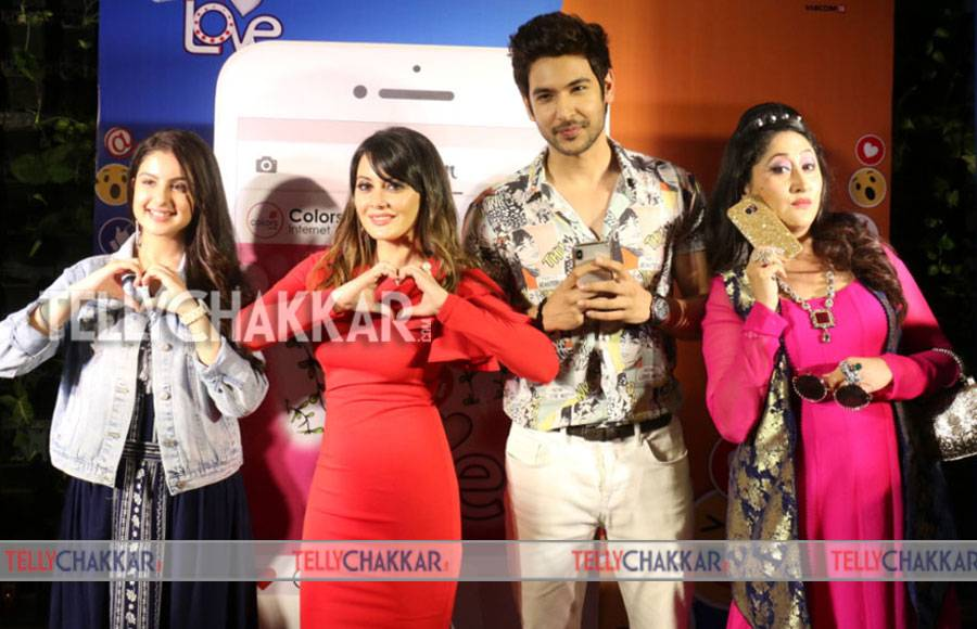 Shivin Narang,  Minissha Lamba and others at the launch of Internet Wala Love