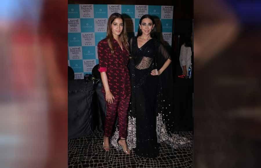 Karishma Kapoor and other stars  close show for Arpita Mehta at LFW