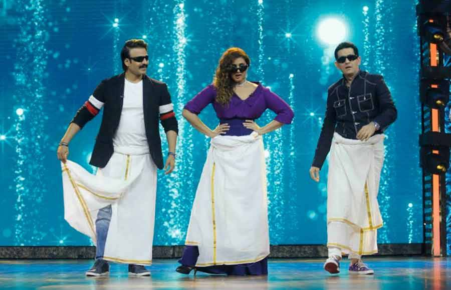 Vivek, Huma & Omung performs Lungi dance on India's Best Dramebaaz