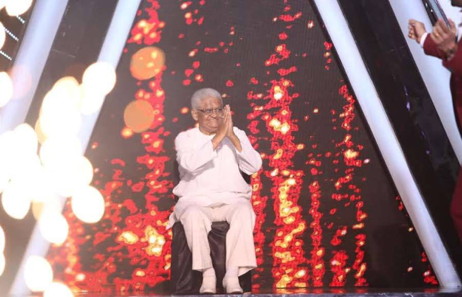 'Laxmikant- Pyarelal' Special on Indian Idol 10