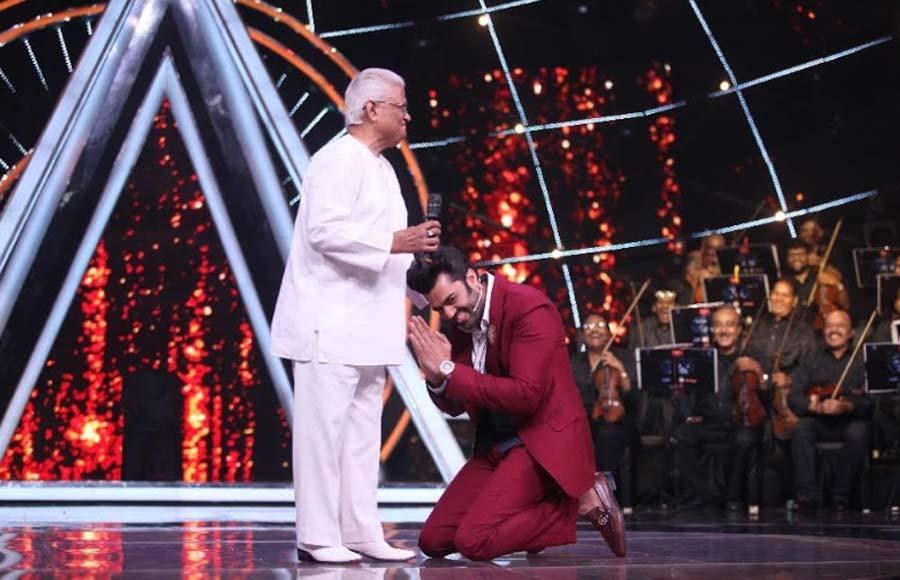 'Laxmikant- Pyarelal' Special on Indian Idol 10