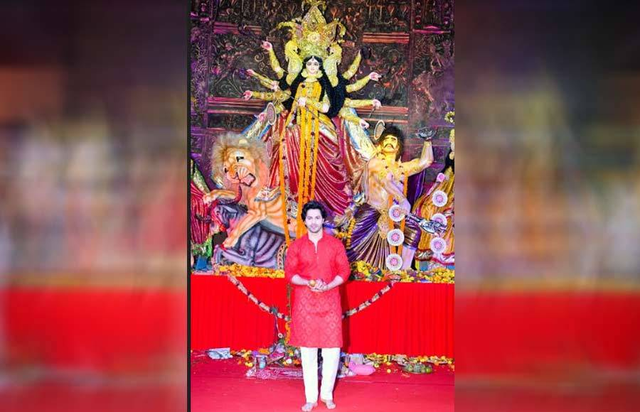 Celebs at Maha Navmi Puja