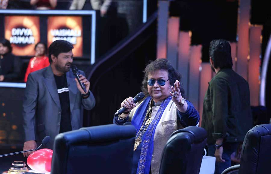 Darshan Raval and Bappi Lahri grace Zee TV's  Sa Re Ga Ma Pa