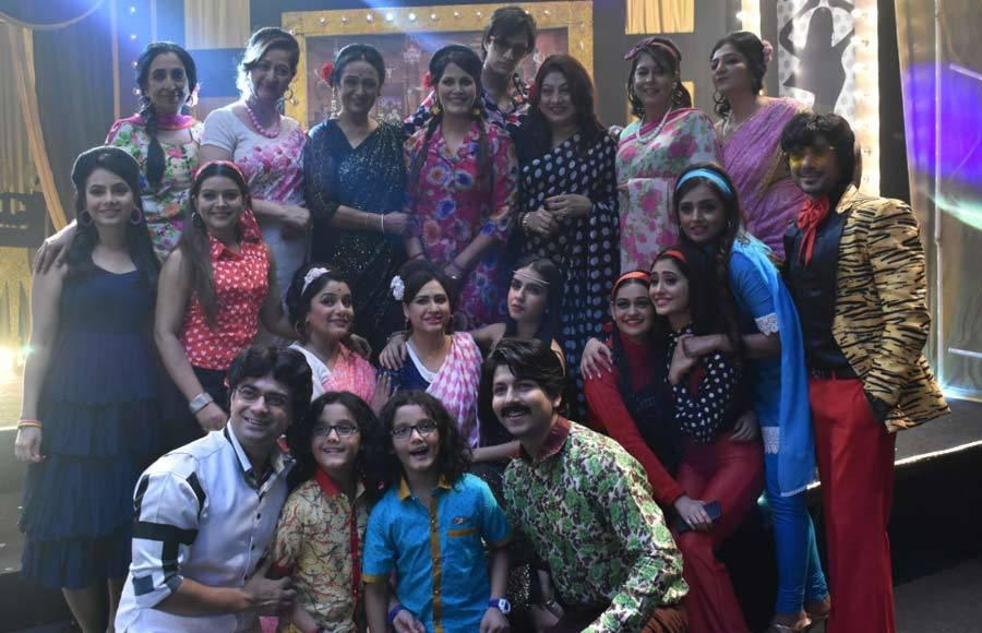 Fun time from the sets of Yeh Rishta Kya Kehlata Hai