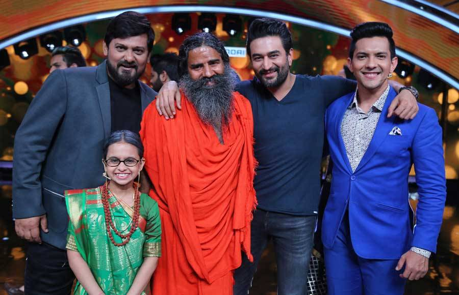 Baba Ramdev graces Pre-Finale episode of Sa Re Ga Ma Pa