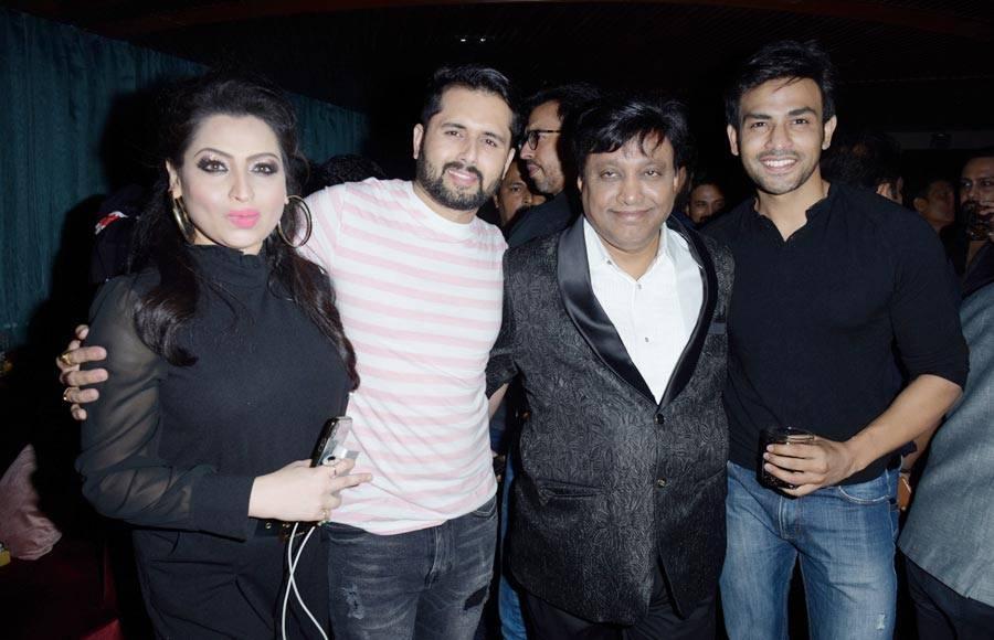 Celebs attend birthday bash of Manik Soni