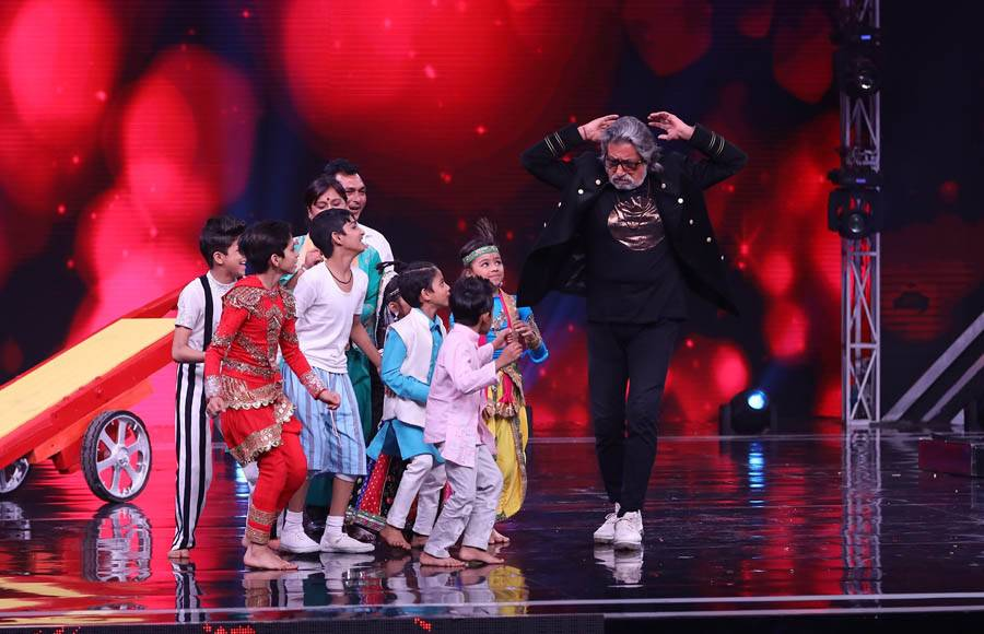 Govinda and Shakti Kapoor grace Super Dancer 3 for Holi Special