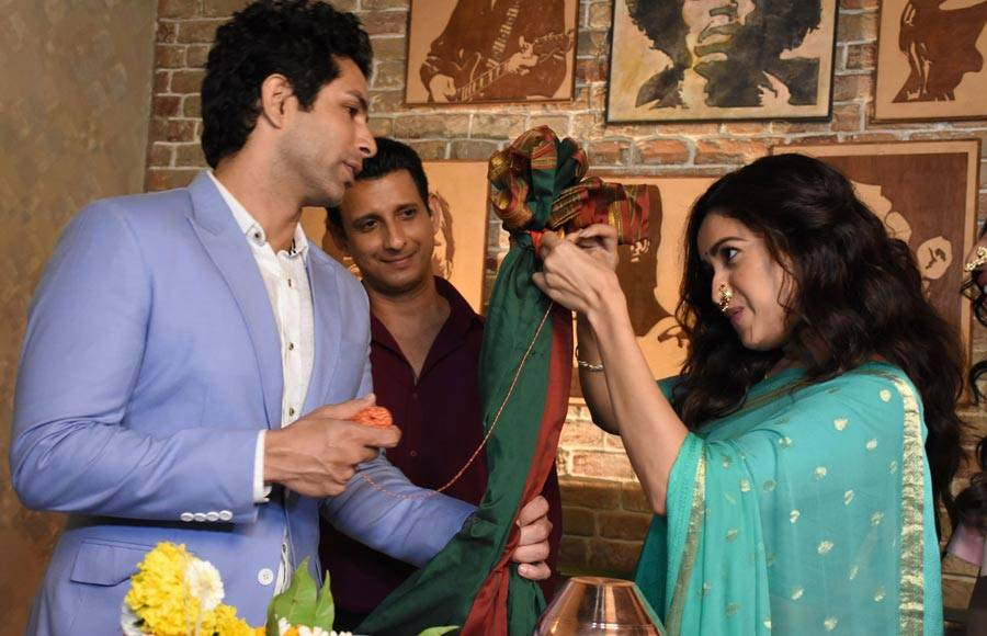 Sharman & Asha celebrate Gudi Padwa on the sets of ALTBalaji's Baarish