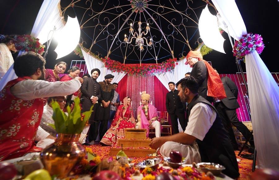 Ssharad Malhotra and Ripci Bhatia's wedding pictures